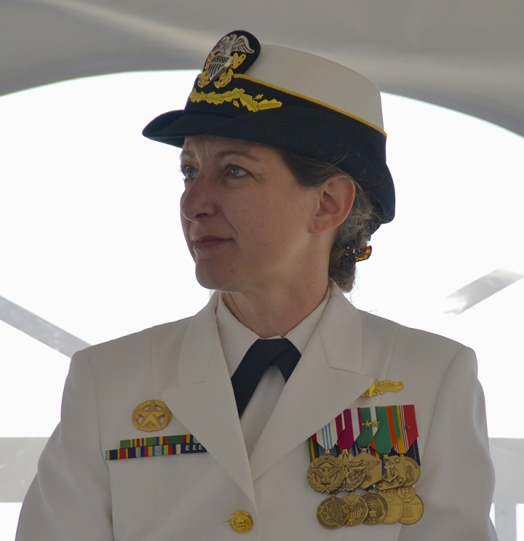 Another way to serve: After 20 years in Navy, Elaine Luria running for Congress